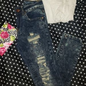 VIP Distressed Paint Splattered Skinny Jeans